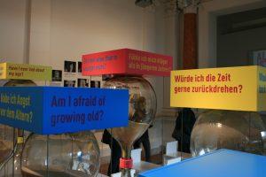 Dialog mit der Zeit war eine Ausstellung im Museum für Kommunikation in Berlin.